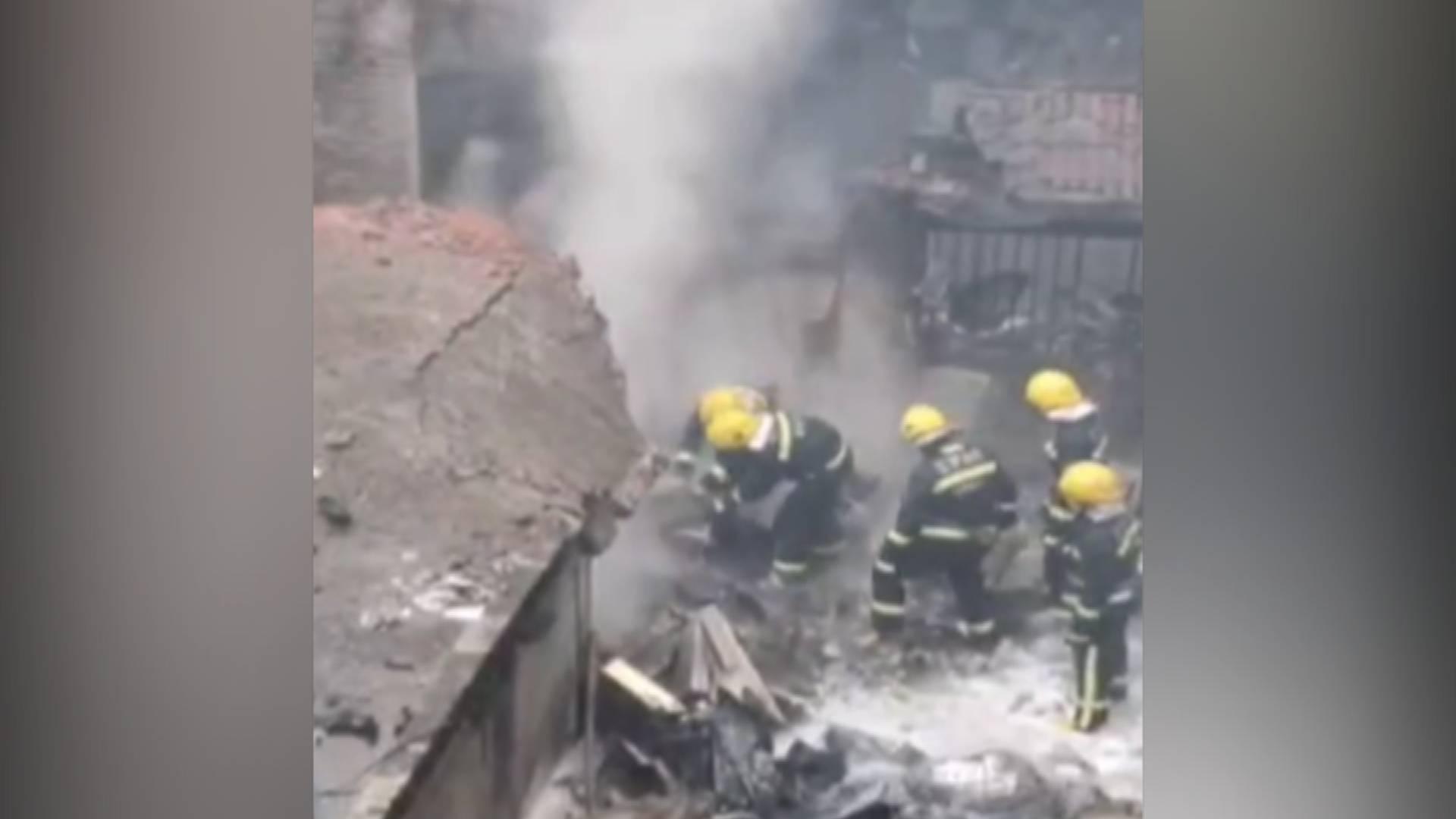 49秒|江西人工增雨飞机意外坠毁 机上5人不幸遇难