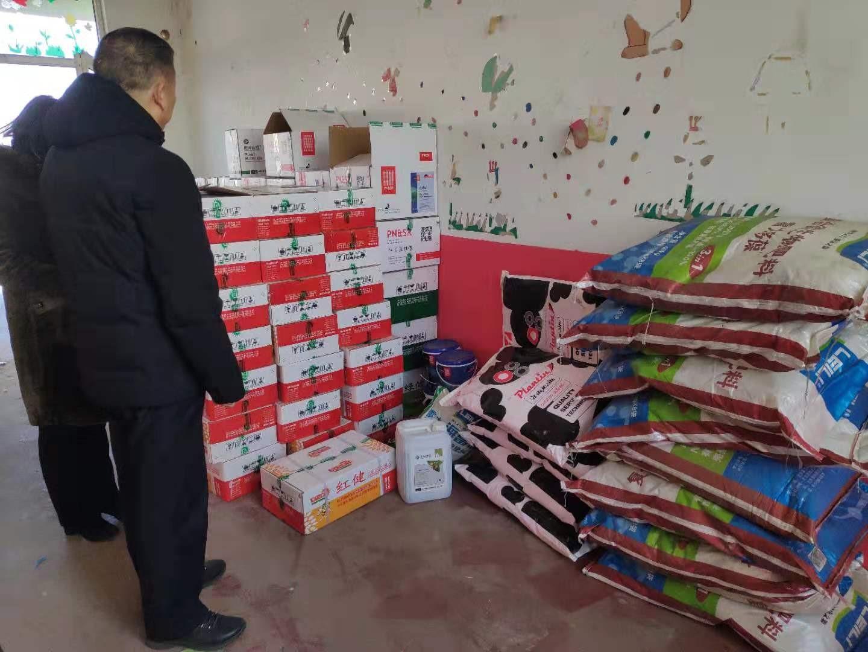 问政追踪   青州:涉嫌销售仿冒化肥的两家农资网点被查封,不合格化肥被扣押