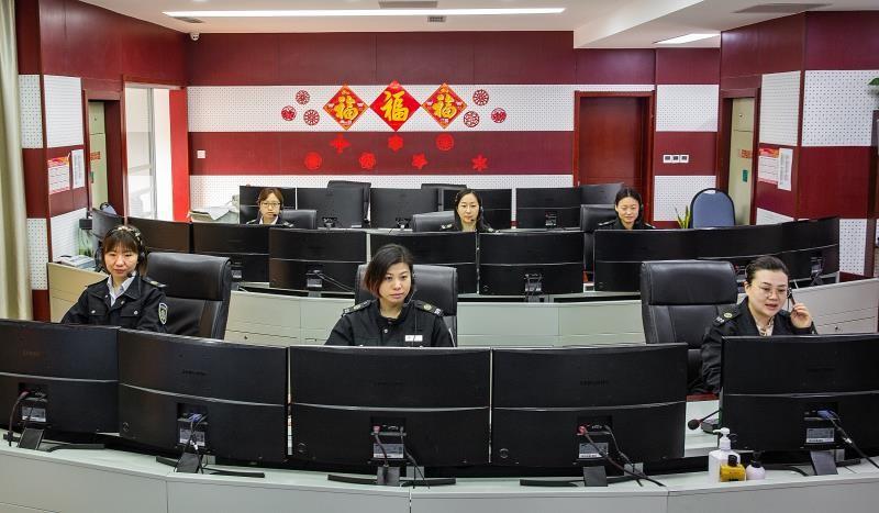 惊心动魄25分钟!青岛市急救中心调度员指导独自在家产妇顺利分娩