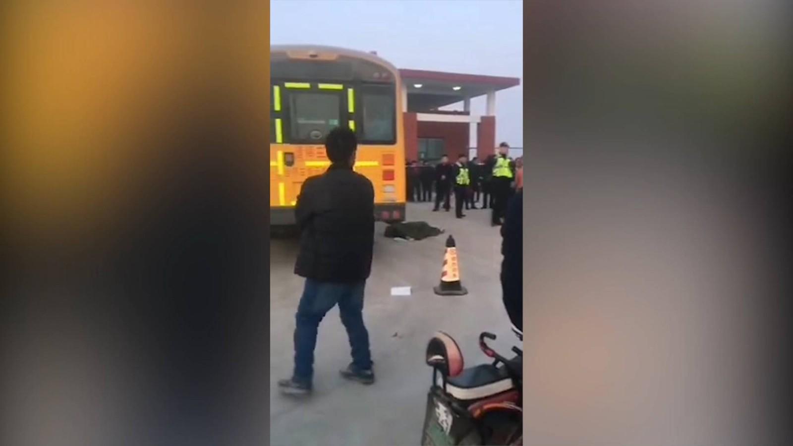 15秒|滨州阳信一学生被校车撞倒身亡 警方已介入调查