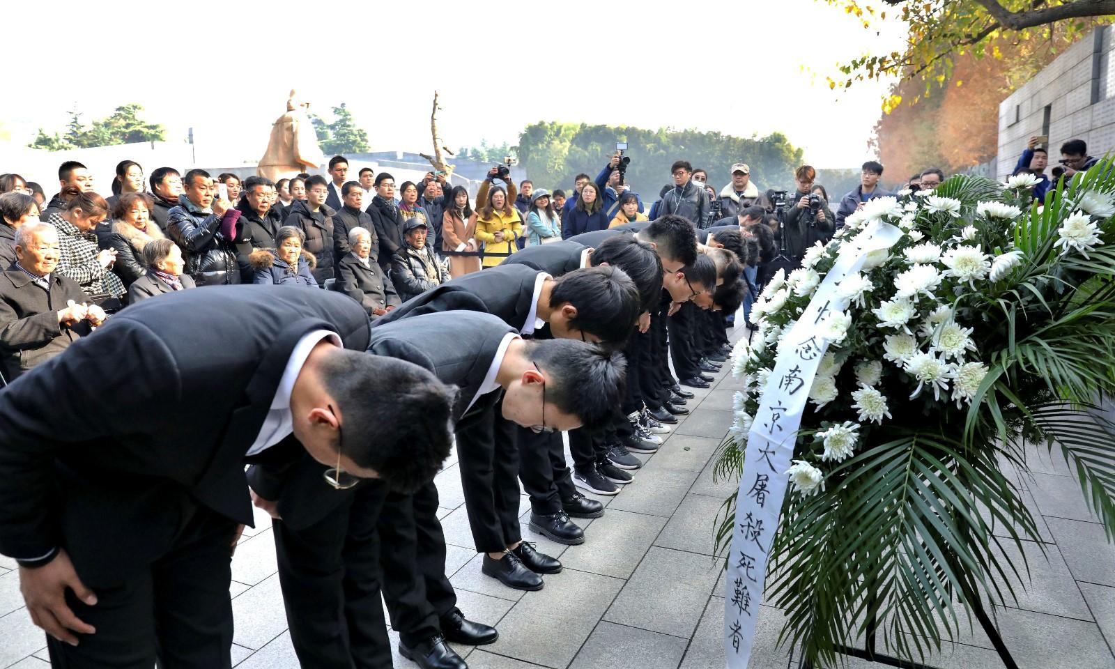国家公祭日|抗战老兵夫妇坚持25年镜头下的悼念