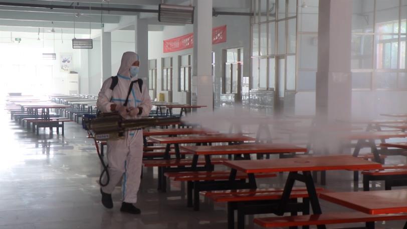 濱州陽信縣開展秋季開學疫情防控演練 對學校進行全方位消毒