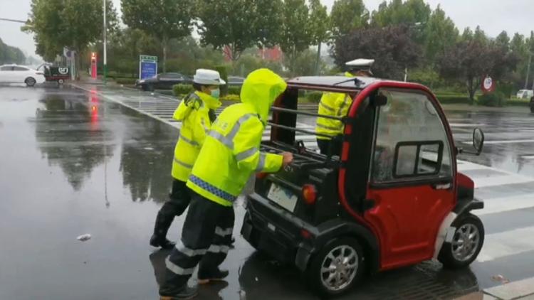 滨州博兴公安交警:风雨中坚守 多措并举保证安全畅通