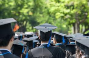 我国考研人数连续5年攀升 2成大学生毕业无规划去向不明