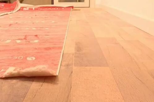 德州市民装修房子遇糟心事 铺42平米地板却按47平米收钱