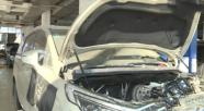 别克GL8保修期内发动机漏油,车主要求更换发动机总成,4S店不同意