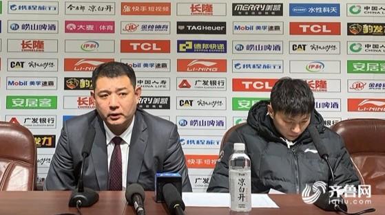39秒| 山东男篮双十二收5连胜大礼 赛后巩晓彬表扬了他