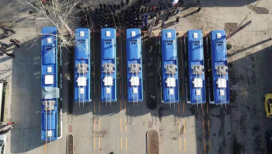 可脱线运行!济南103路线25辆无轨新车即将投入使用