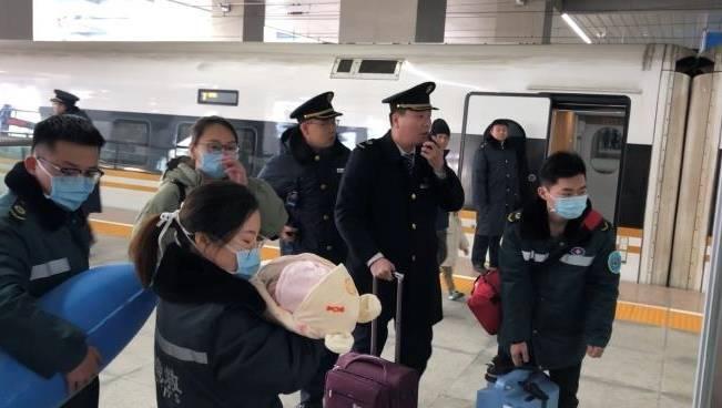 2个月大婴儿病情危急!济南东站开启和时间赛跑模式