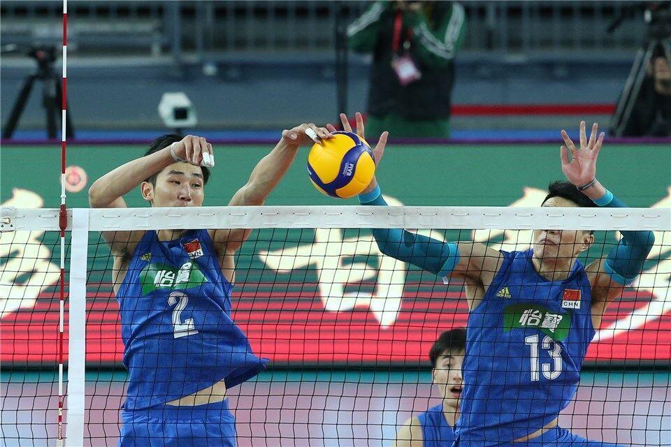 冲奥梦碎!中国男排0-3不敌伊朗,连续三届无缘奥运会