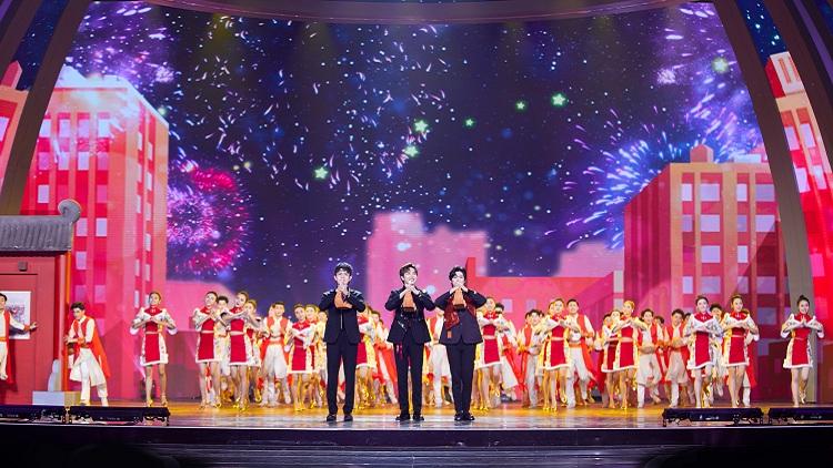 2020山东春晚丨燃!开场舞《最爱中国年》火爆来袭