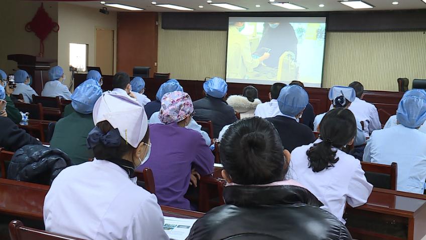33秒|成立救护队,设置七个小组!枣庄市中区人民医院坚决打赢疫情防控阻击战