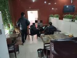 聊城莘县一炸鸡店疫情防控期间营业,负责人被行拘10天