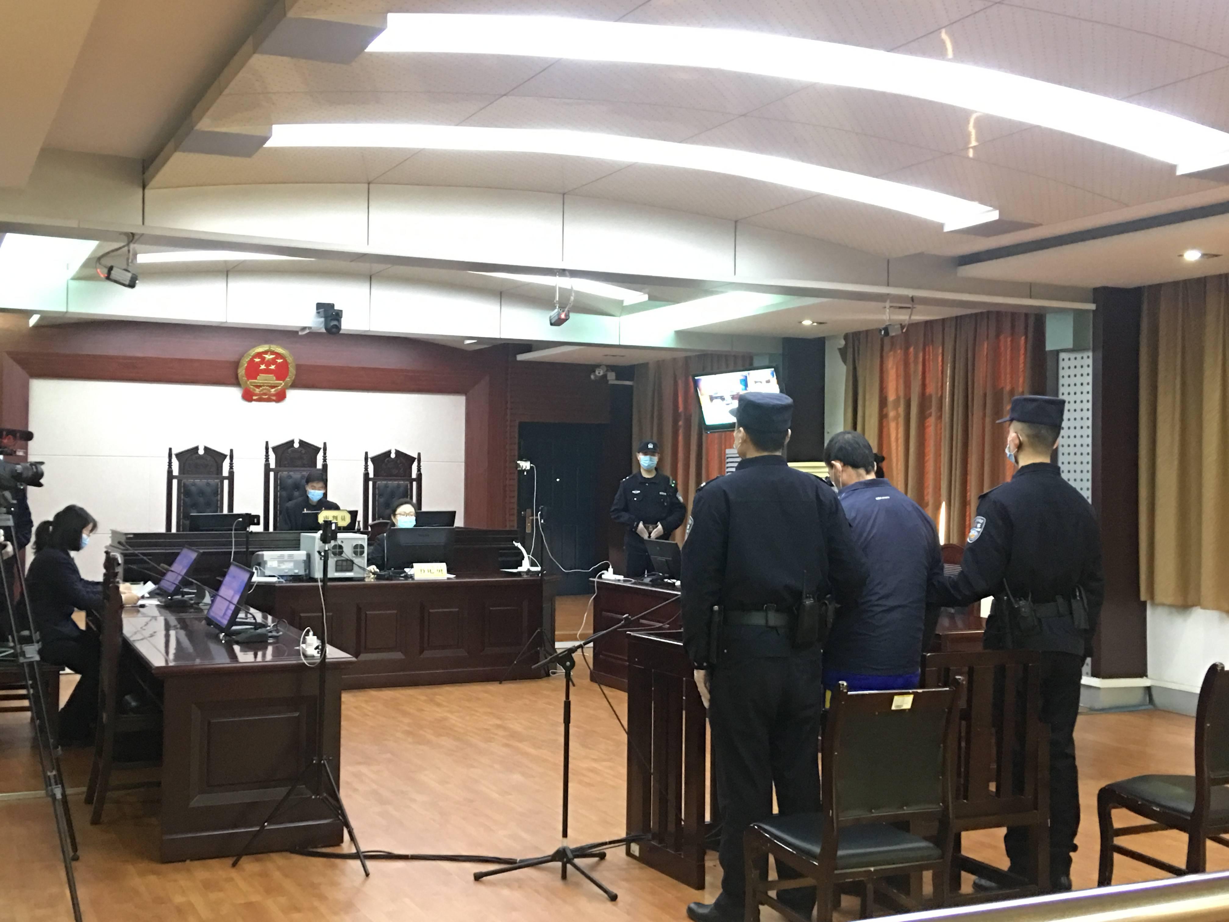 殴打民警!山东首例涉疫情妨害公务案开庭审理 被判有期十个月