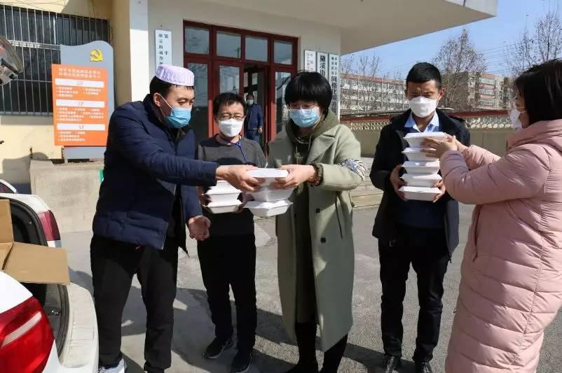 众志成城 抗击疫情丨滨州邹平:一份爱心午餐 暖到抗疫一线坚守者的心
