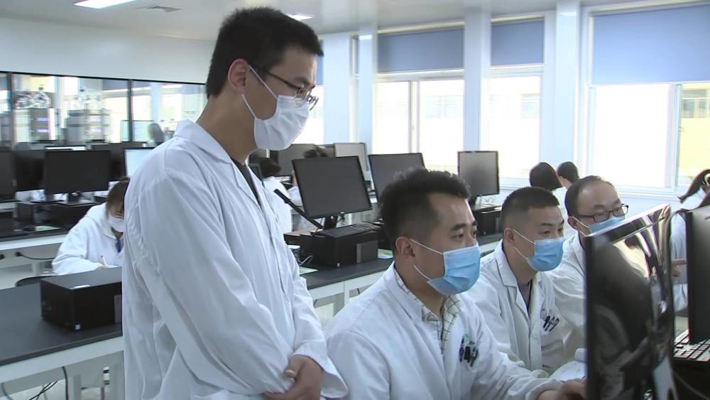 """这就是山东•青春正担当丨105人中100个硕士和博士,鲁南制药这支年轻团队很""""硬核"""""""