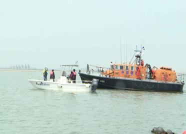 威海荣成开展应急救助演练 全面提升海上救援能力