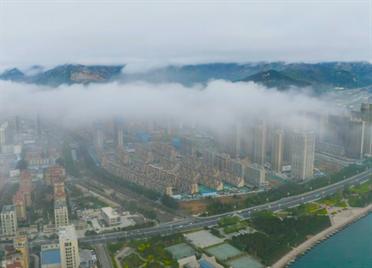 64秒丨宛如仙境!威海经区平流雾大片来袭