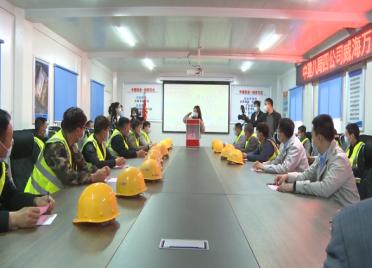 """威海环翠区:工会建在项目工地 为农民工提供""""服务套餐"""""""