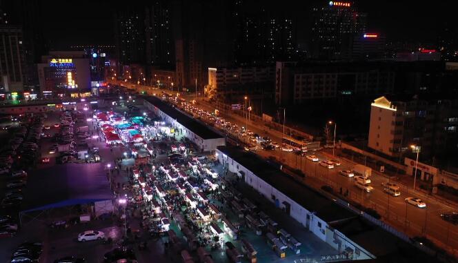 24秒丨夜幕降临打卡日照东关夜市 感受城市里的烟火气