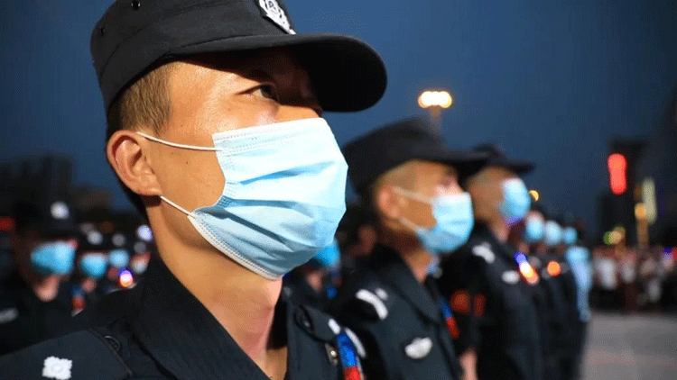 """23秒丨每晚400警力驻守主城区街面 守护滨州""""烟火气"""""""