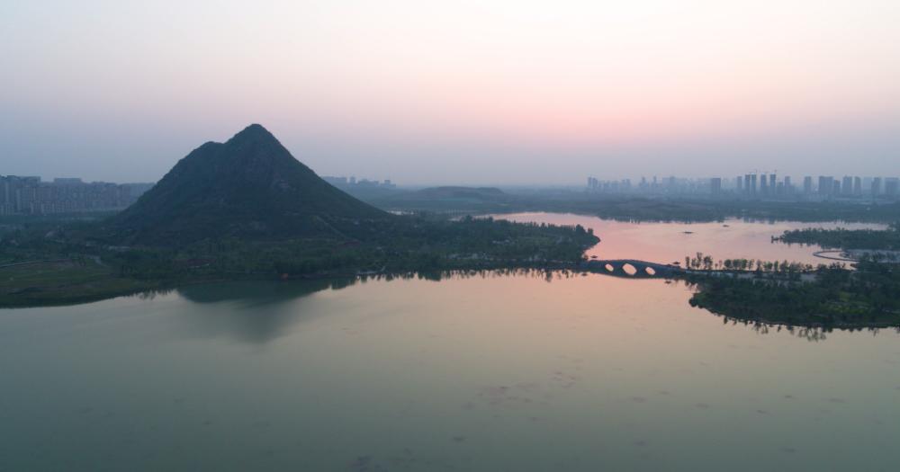 Vlog丨济南华山湖:种水草净水质 打造济南北城新地标
