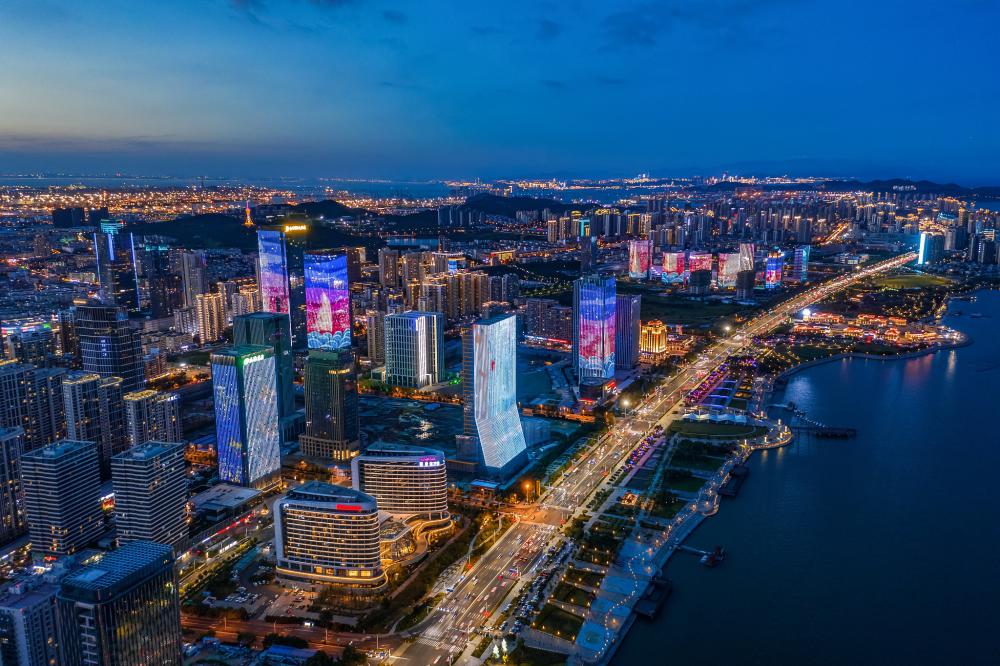 青岛取经上海,这次为何瞄准了现代服务业?