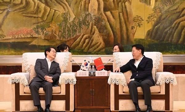 淄博市委书记江敦涛会见韩国驻青岛总领事馆总领事朴镇雄