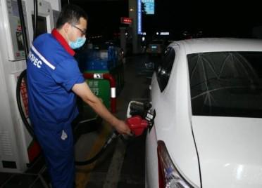 """夜间加油、绿色出行 潍坊市民请一起向""""臭氧污染""""宣战!"""