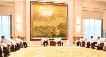 淄博市委书记江敦涛会见中铁十局和山东证监局等客人