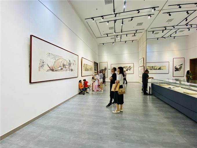 28秒丨艺术精品200余件!当代著名兰竹画家王烈先生新作展在东营隆重开幕