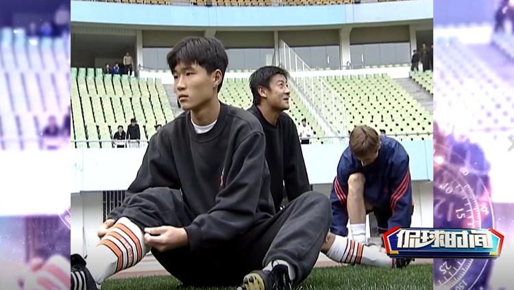 侃球时间丨曾经的鲁能队长!看看刘金东19岁是咋踢球的?