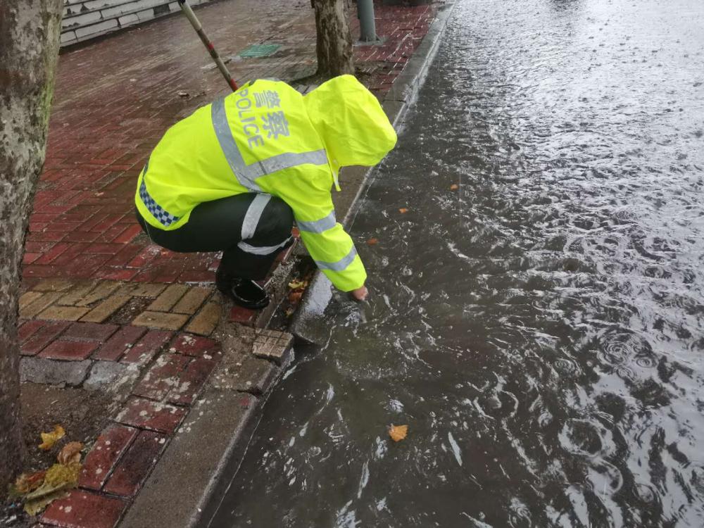 最新路况!枣庄市中区部分路段积水严重无法通行
