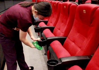 47秒|聊城各电影院正陆续开放!观影需预约、隔座,全程佩戴口罩