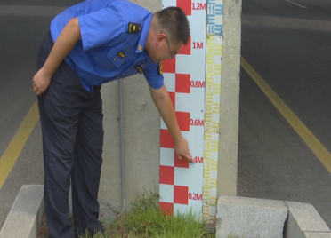63秒丨用手机就能实时监控!潍坊潍县中路铁路桥涵防汛设施提档升级
