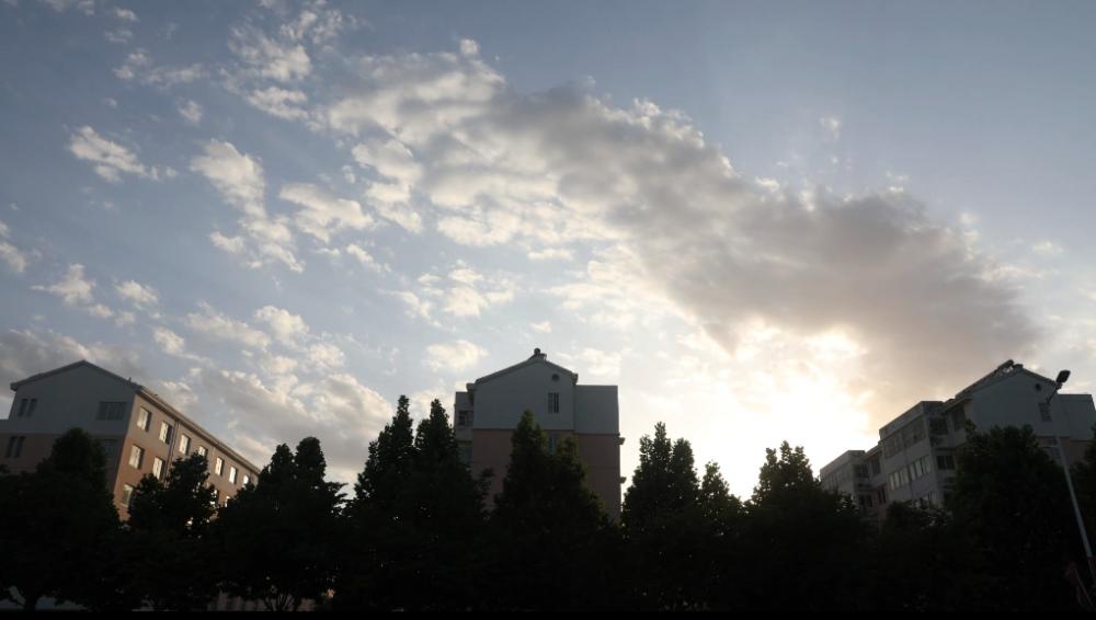 32秒丨孝贤故里济宁鱼台 雨后天空美如画