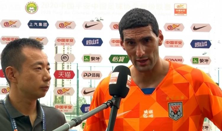 费莱尼:第一粒头球要归功于郭田雨 位置回撤是主教练的调整