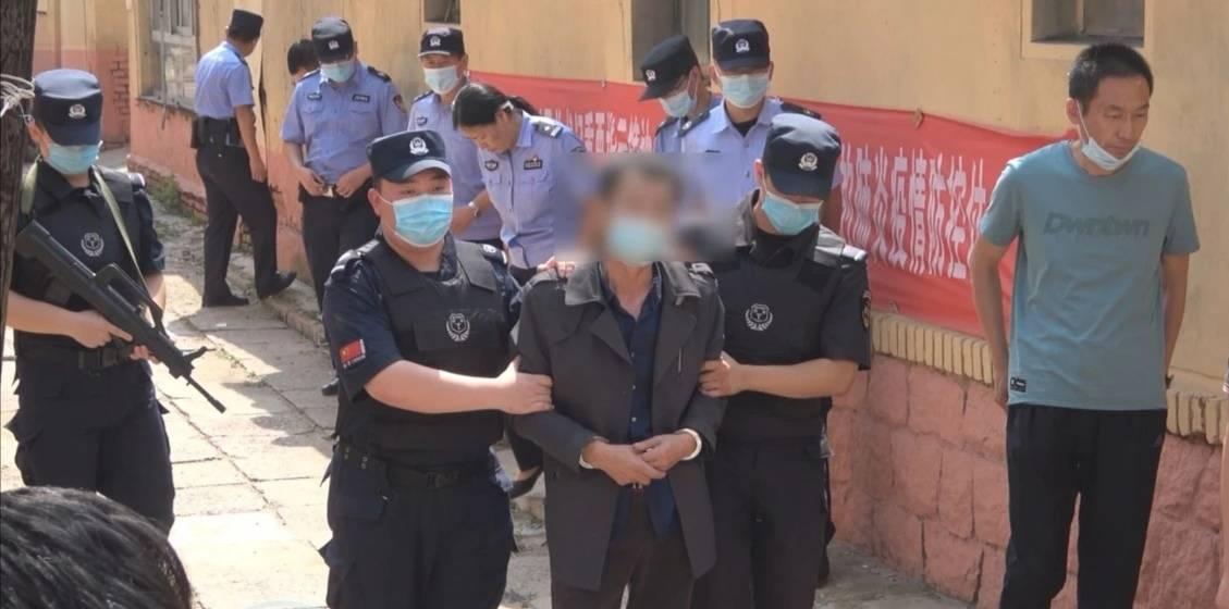 女子被捅40多刀致死,青岛胶州22年前命案告破!