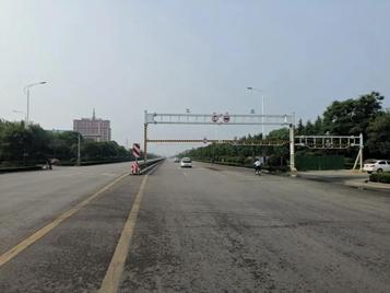 聊城冠县新增4处限高架,限高3米,相关车辆请绕行!