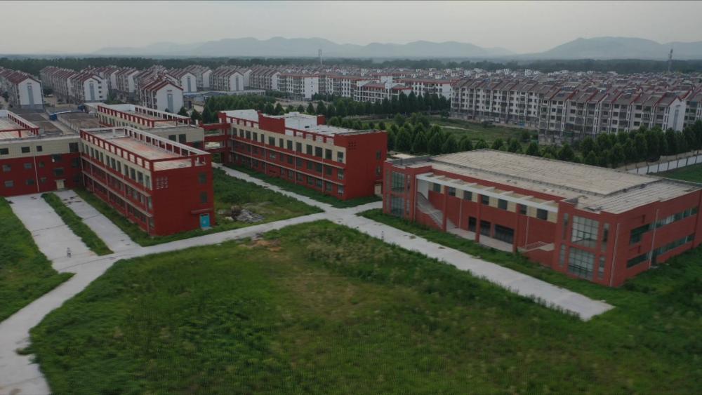 问政山东丨枣庄滕州一个班54人新校舍不能用 工作人员:你干就干不干拉倒