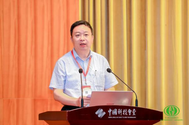 """鲁南制药张贵民荣获""""发明创业奖•人物奖""""及""""当代发明家""""称号"""
