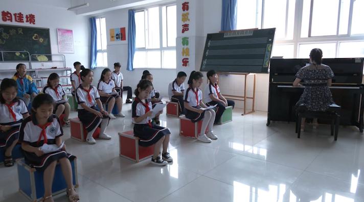 """25秒丨日照:乡镇小学建设""""乡村学校少年宫"""" 二十多门特色课程免费开放"""