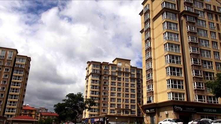 问政山东丨租房登记备案不满一年遭遇上学难 青岛市市长孟凡利:要给人才营造更好的工作生活环境