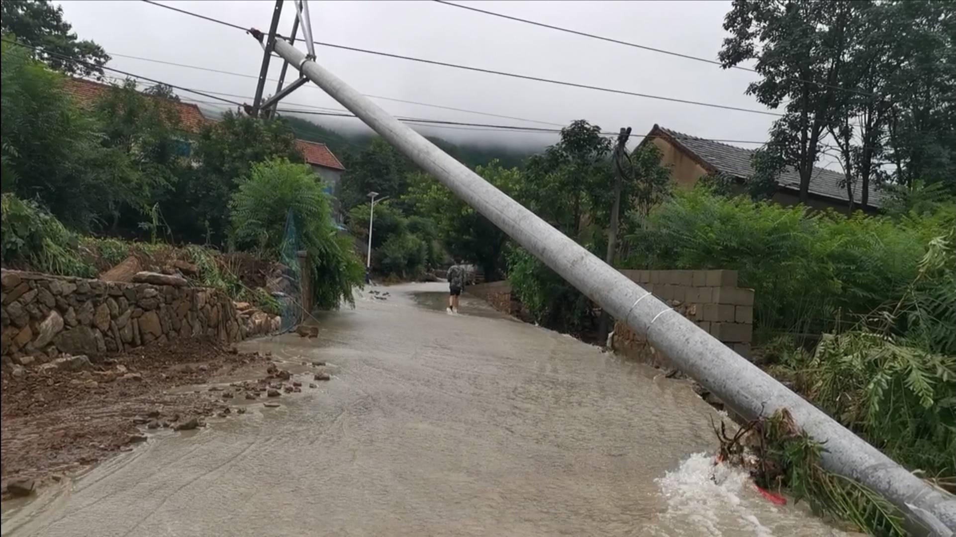 组图|临沂沂南县遭遇强降雨 最大降雨量423.1mm