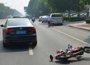 滨州一电动车发生事故驾驶人受伤严重 民警通过车牌确定身份寻找家属