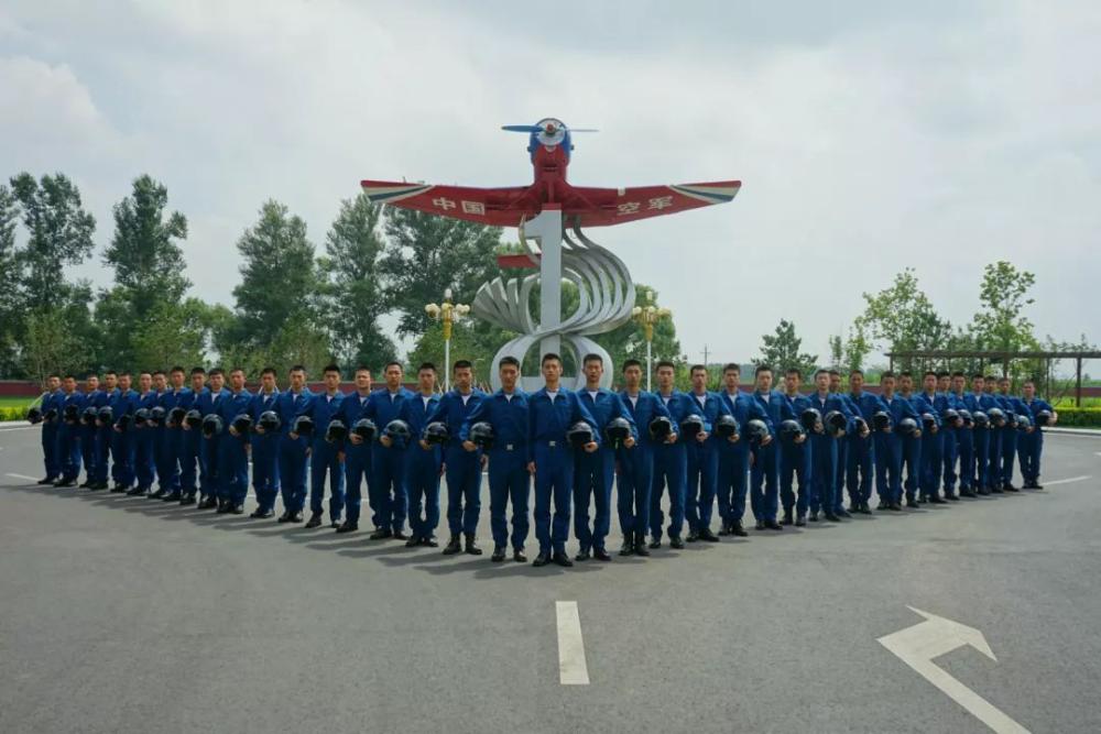 免学费有补贴 高考享加分政策!山东省空军青少年航空学校今年拟录取111人