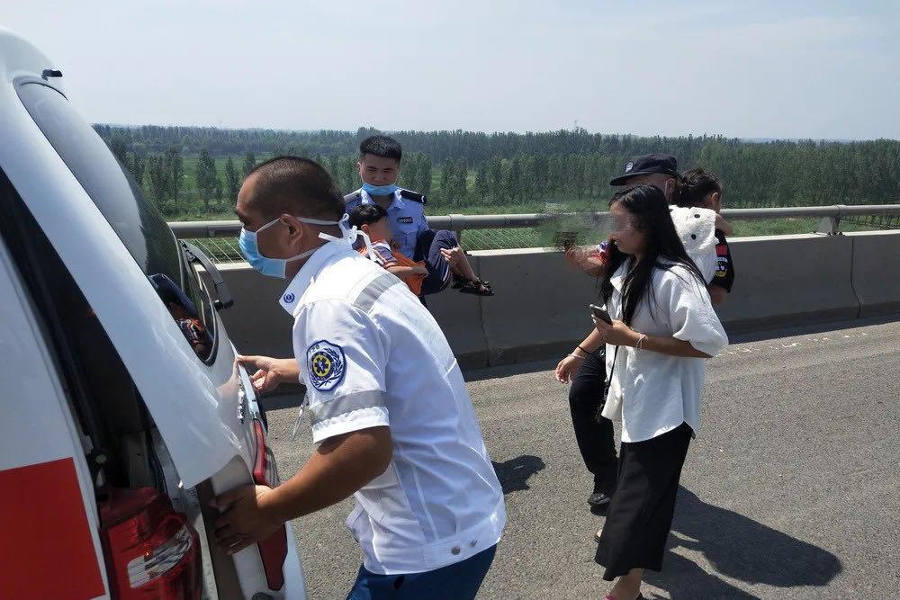 生命接力!五岁萌娃误食樟脑丸,济宁市中公安火速救援