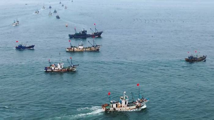 69秒|开海啦!威海540余渔船扬帆出海,期盼今秋鱼虾满仓