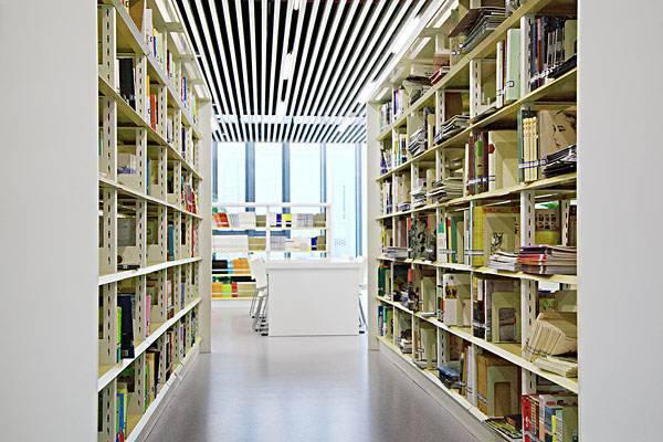 读者福利来了!9月10日起邹城图书馆将延长开放时间