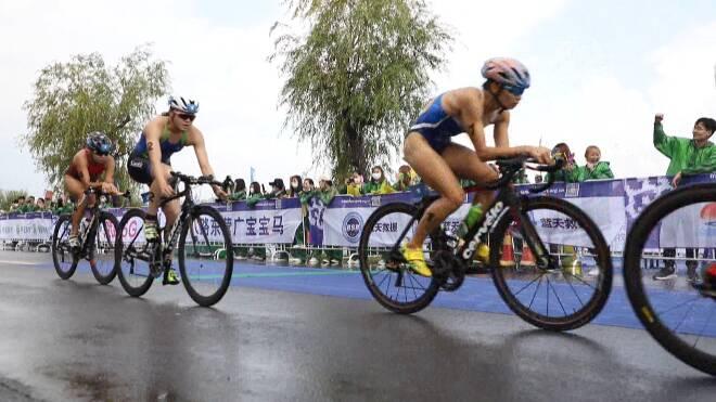 37秒丨2020中国东营•黄河铁人三项冠军赛开赛